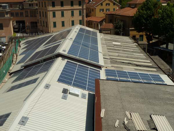 Impianto fotovoltaico con rimozione amianto a Genova Pontedecimo